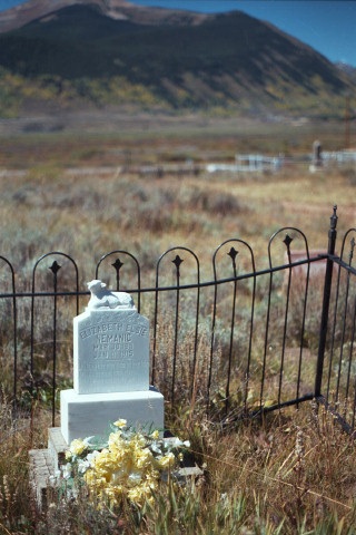Another grave in Crestted Butte